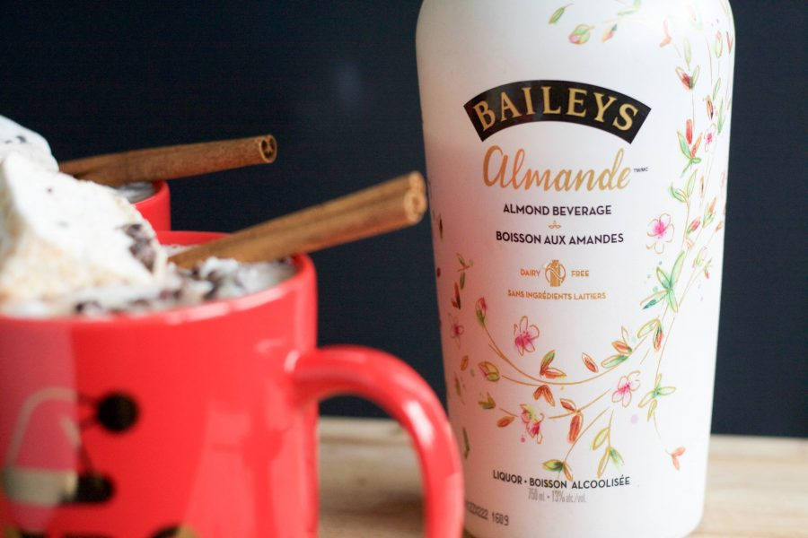 'Winter Buzz' Baileys Almande Hot Chocolate
