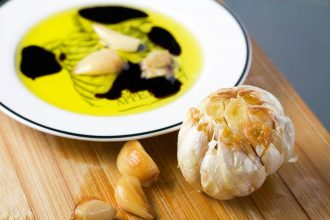 Easy Roasted Garlic | Koko's Kitchen